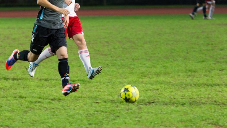 フットボールやりたい